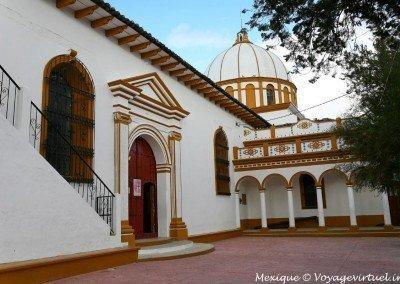 Iglesias en San Cristóbal; Lateral templo de Guadalupe