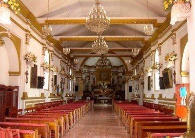 Iglesias en San Cristóbal; Interior templo de Guadalupe