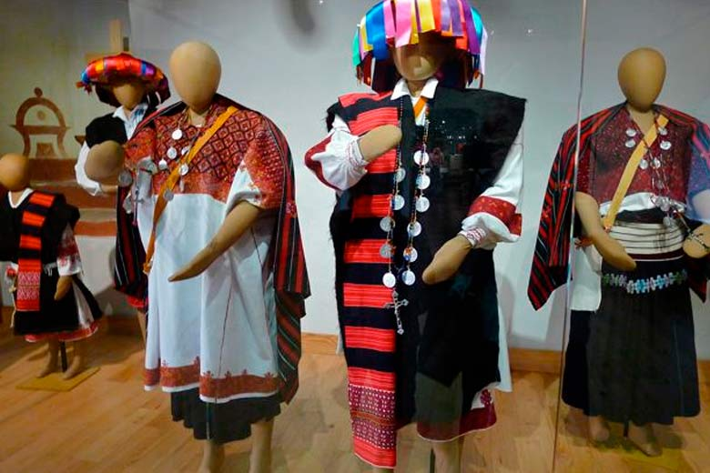 MUSEO_-ALTOS_-CHIAPAS_textiles_01